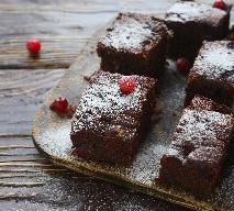Brownie czekoladowe z orzechami: klasyczny przepis