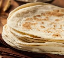 Tortilla pszenna: jak zrobić ciasto na tortillę? [przepis]