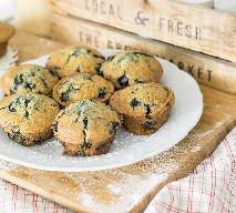 Razowe muffinki z jagodami - sprawdzony przepis