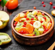 Sałatka owocowa z bakaliami - kropka nad i zimowego obiadu