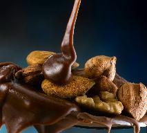 Walentynkowy przysmak z bakaliami - przepis na czekoladowy deser