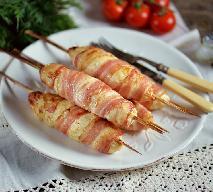 Fantastyczne mini kebaby z piersi kurczaka i boczku: faceci to kochają!
