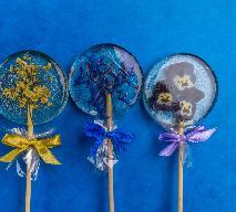 Cudne lizaki z jadalnymi kwiatami: jak zrobić domowe lizaki