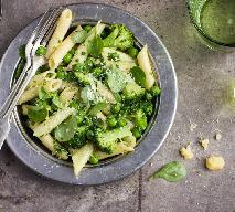 Pesto z brokułów: przepis na świeży i pyszny sos do makaronu