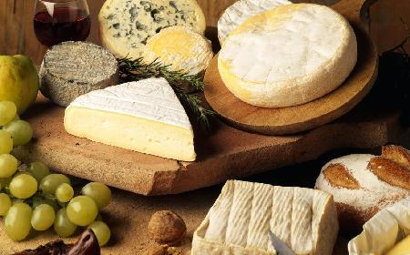 Deska serów – jak ją przygotować? [SPRAWDZONE RADY]